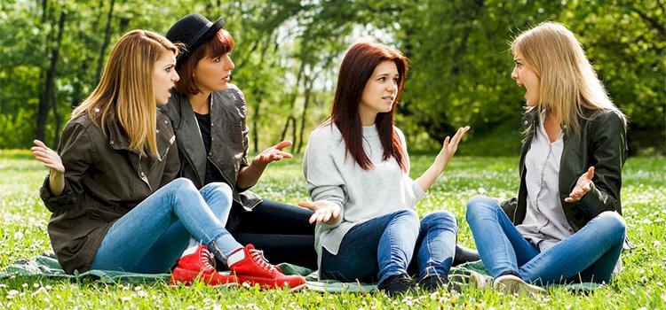 Karşımızdaki Negatif Enerjili Birini Dinlerken Ne Yapmalıyız?