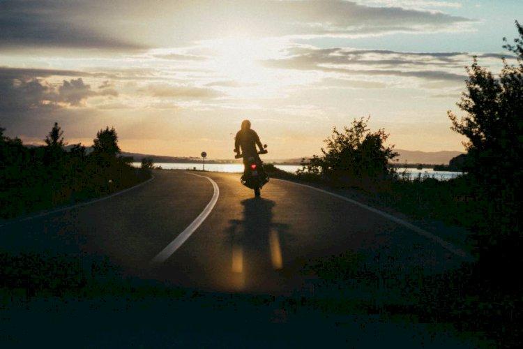 Kendi Yolunu Allah'ın İzniyle Yalnız Sen Açabilirsin
