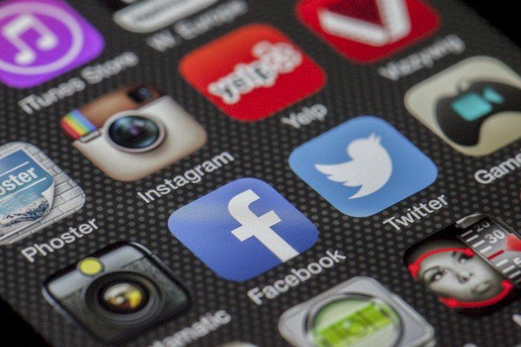 Vesvese Sözlüğü 42-  Vesvese Ve Sosyal Medya İlişkisi
